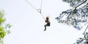 big swing 300x150 Big swing   sūpynės Tarzanijoje